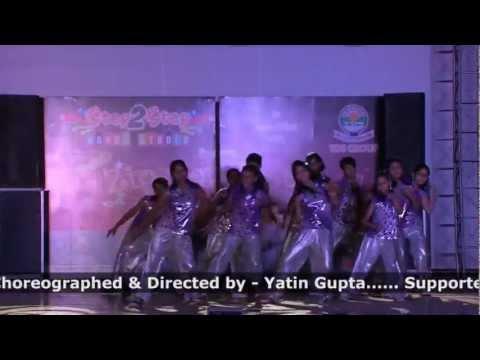 masti ki paathshlaaadt se majboraila re aila dance performnce...