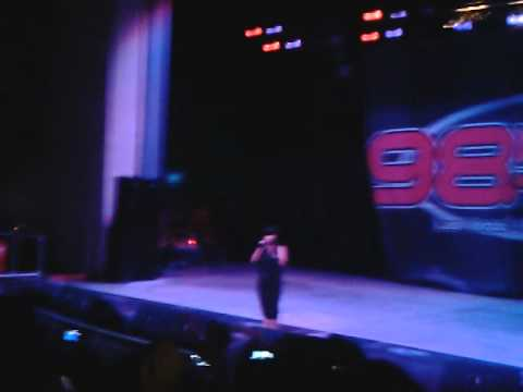 charice in 98.5 kluc end of summer block party