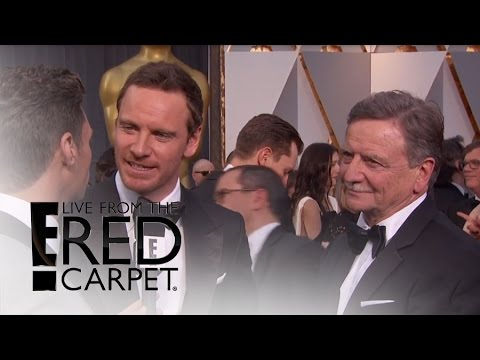 Michael Fassbender Brings Dad to Oscars 2016 | Live from the Red Carpet | E! News