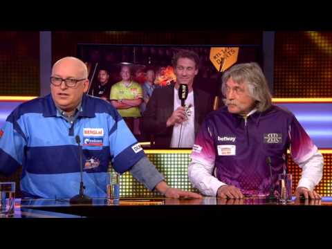 Wilfred Genee - Rene vd Gijp - Johan Derksen in Darts kostuum (Europa League)