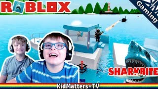 Download Lagu ROBLOX Shark Bite! BAZOOKAS & a couple BROKEN BOATS   Let's Play Game Commentary [KM+Gaming S02E20] Gratis STAFABAND