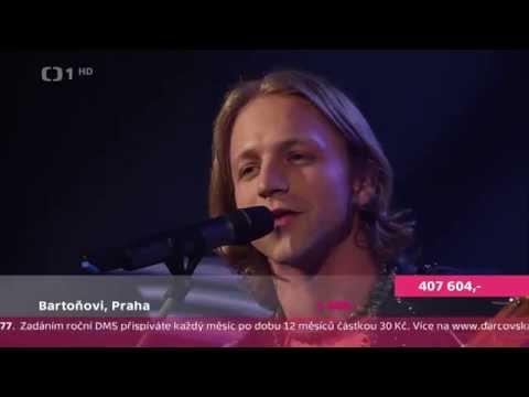 Tomáš Klus a Cílová skupina - Noe - Dobročinná akademie aneb Paraple 2014 - HD 1080p