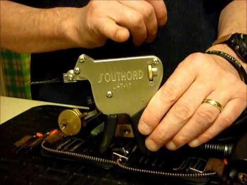 Pick Gun TUTORIAL On Bike Lock And 75MM Bayonet Padlock Plus YALE Rim Cylinder uklocksport.co.uk