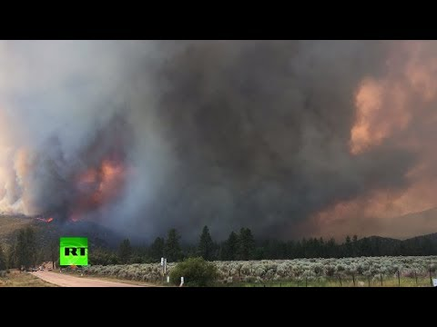 Apocalyptic skies over S. California as massive wildfires rage on