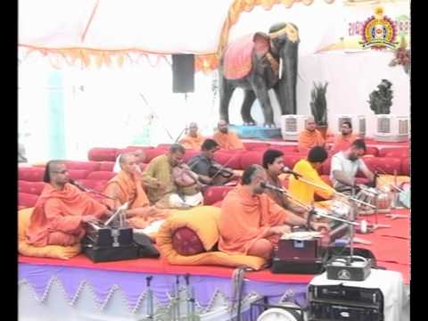 Bhuj Radha-Krishna Dev Mahotsav 2011 - Katha Part 9 of 13