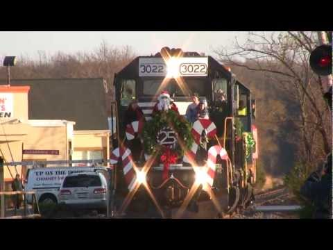 HD: Conrail Santa Train - Six Minutes of Leslie RS3L Horn and Federal Q Sirens!!