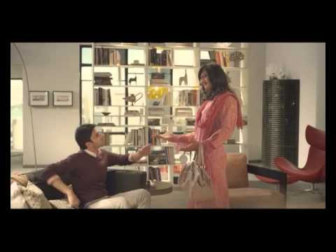 2013 New Godrej Ad featuring Aamir Khan in Ladies Avtar