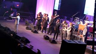 2013 Superbowl Gospel Celebration in NOLA - kirk franklin Donnie McClurkin I SMILE Medley