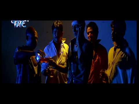 Monalisa Kissing | मोनालिसा किसिंग | Hot Uncut Scene - Hot Scene From Movie | Maine Pyar Kiya