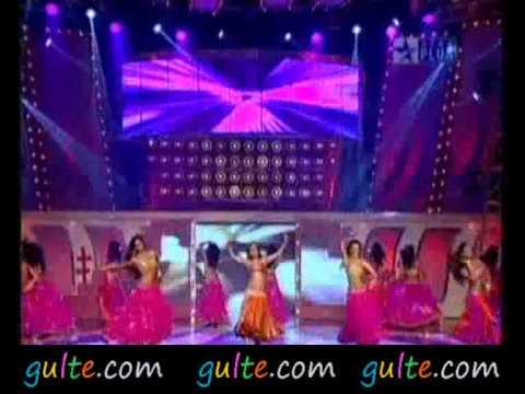 Gulte.com - Amisha Patel Hot Dance At Super Star Ka Jalwa