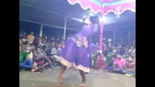 Sexy Jatra Dance সেক্সি যাত্রা নাচে চলছে অশ্লীল নৃত্য