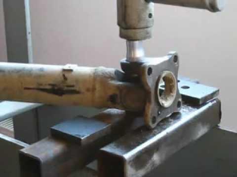 changement croisillon arbre transmission jimny transmission cross shaft youtube. Black Bedroom Furniture Sets. Home Design Ideas