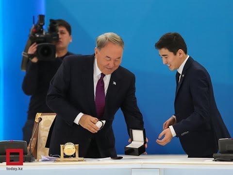 Компания ОТАН, www.otanwatches.kz, подарили часы Президенту РК