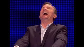 BRADLEY WALSH CAN'T STOP LAUGHING - THE CHASE