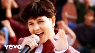 download lagu Falguni Pathak - Aiyo Rama gratis