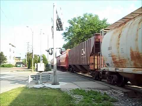 cn train burlington wi