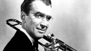 Glenn Miller And His Orchestra In The Mood