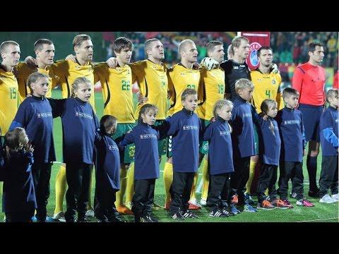 Kaip vaikai atidavė savo širdeles Lietuvos futbolo rinktinei