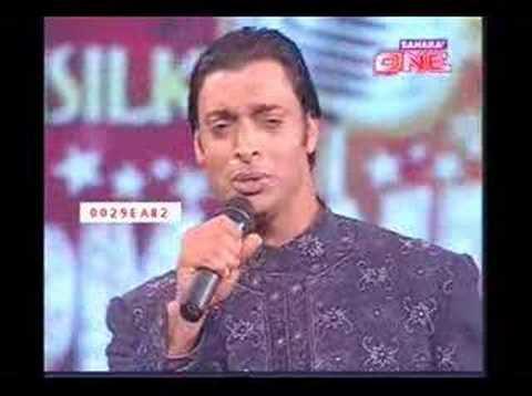 Shoaib Akhter In Jhoom India video