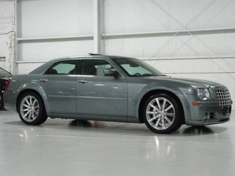 Chrysler 300C SRT-8--Chicago Cars Direct HD
