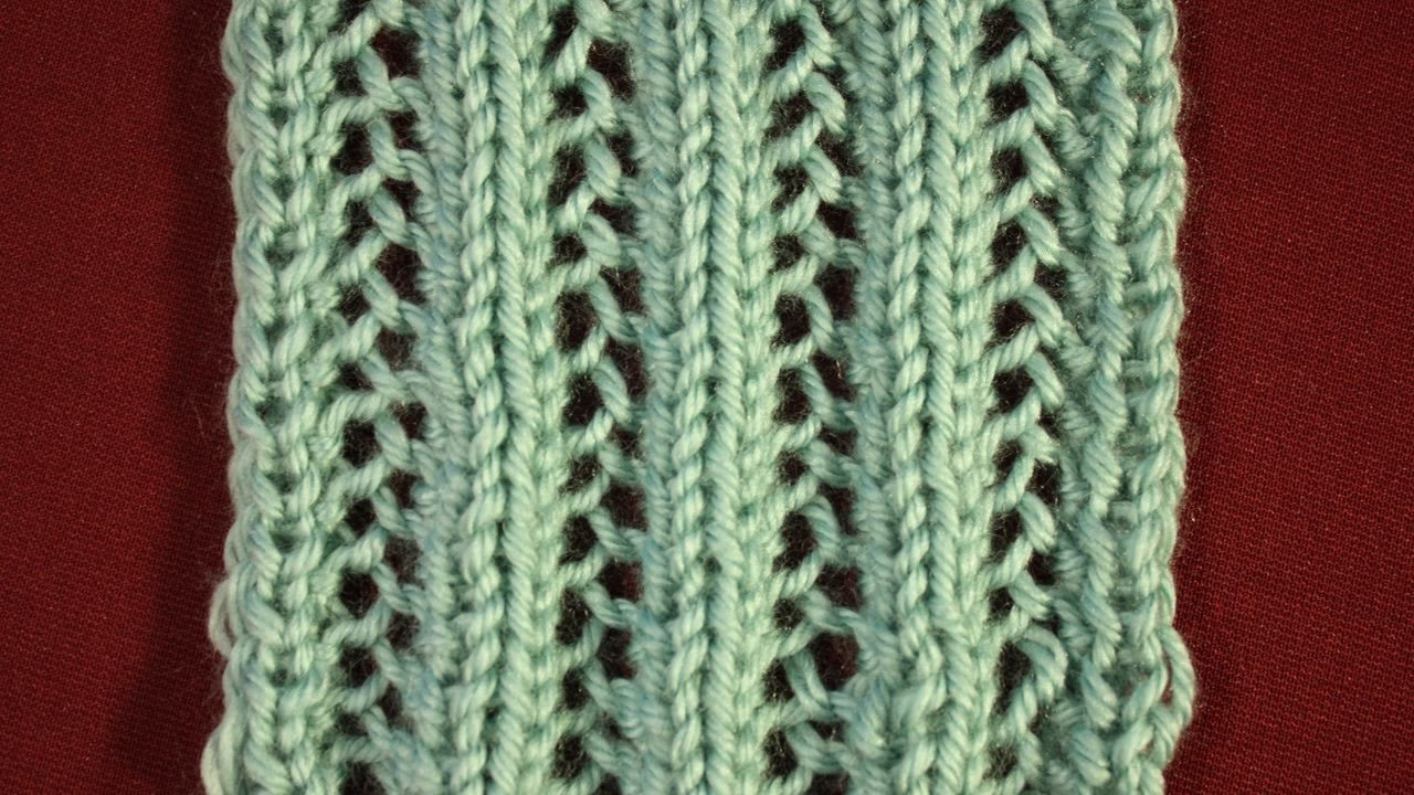 Knitting Pattern Help: Lacy Mesh Pattern Continental Method - YouTube
