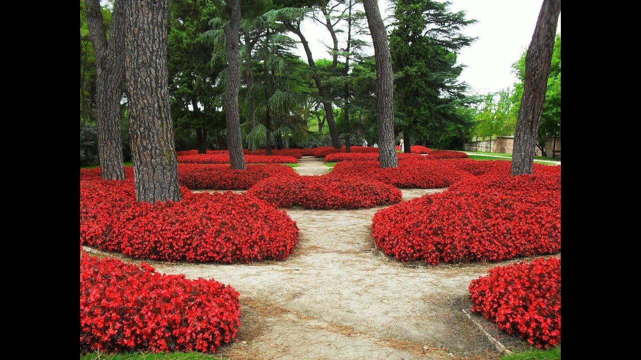 Parque del capricho madrid hd 3d arte y jardiner a for Suelos para jardines fotos