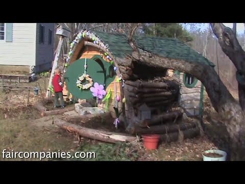 Frodo's simple living: Hobbit Holes for tiny homes & shedworking