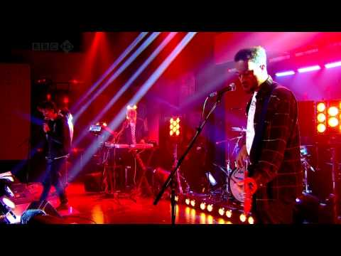Jamie T - Chaka Demus (Live on Friday Night With Jonathan Ross)