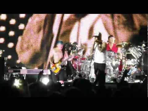 Red Hot Chili Peppers - Give It Away (Tampa FL 3-29-12)