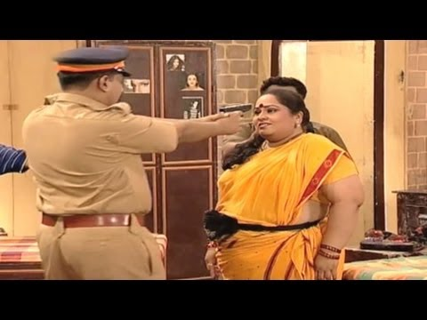 Nirmiti Sawant, Paddy Kamble, Kumari Gangubai Metric, Comedy Marathi Drama, Emotional Scene - 24 24 video