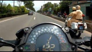 Chạy CSGT với tốc độ 150 km/h / Escape the traffic police at 150 km/h