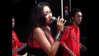 """download lagu Cinta Terbaik - Elsa Safira Om.""""new Persada"""" Live Jatilengger gratis"""