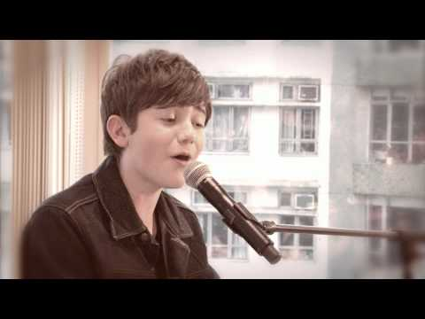 Greyson Chance - Hold On Til The Night (Live)