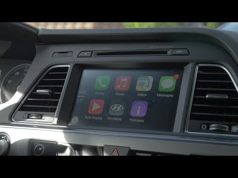 Apple Carplay Hands On: 2015 Hyundai Sonata video