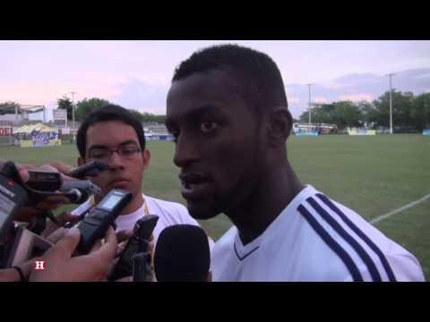 Jugadores de la Selección Colombia analizan el juego frente Ecuador