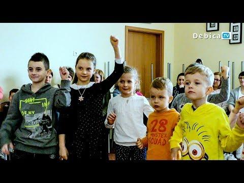 Muzyczna Karuzela W  Dębickiej Szkole Muzycznej! Przyjdź I Spróbuj Gry Na Instrumentach!