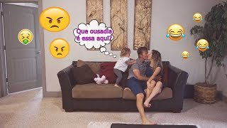 NOSSA FILHA NÃO DEIXA A GENTE SE BEIJAR !! (REAÇÃO FOFA!)