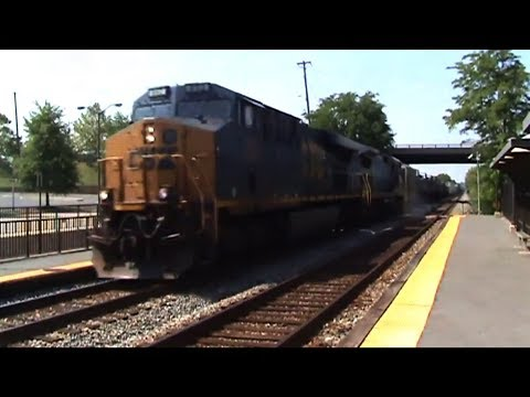 After Q409, Q438 comes next, he met Q409 somewhere in College Park of Riverdale Park. ES44AC #892 leads the way with a rare YN1 Stealth C40-8 #7509 on the wa...