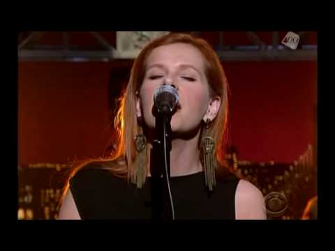 Neko Case - This Tornado Loves You @ Letterman