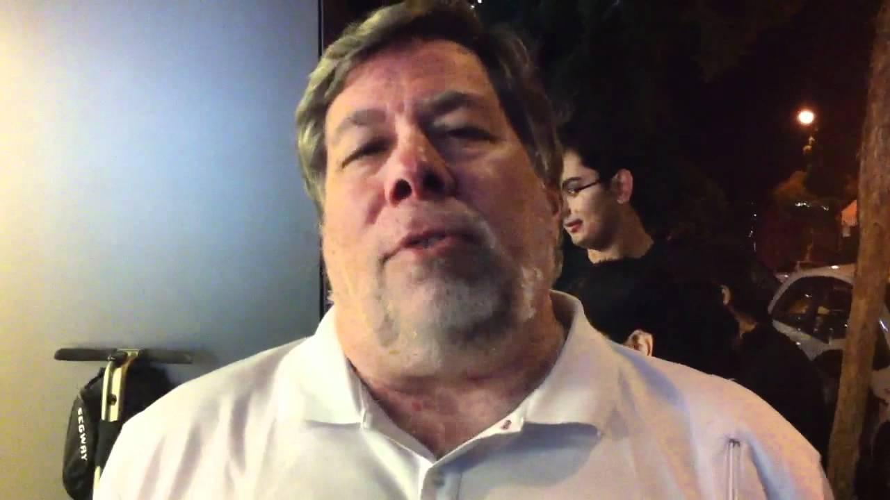 Steve Wozniak comenta como estuvo usando Siri por todo un año
