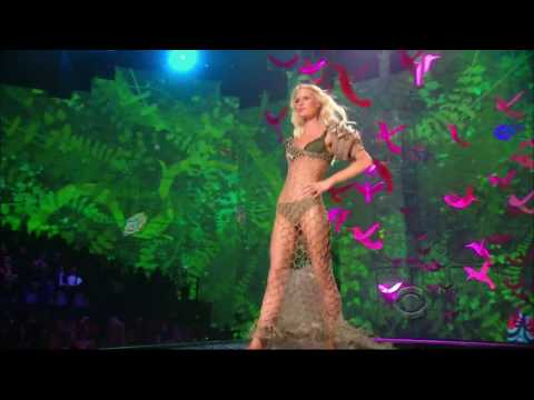Victoria's Secret Fashion Show 2009 – Segment 4: Enchanted Forest [HD]