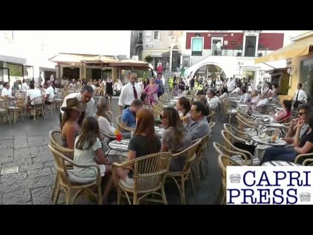 Carolina di Monaco e la figlia Charlotte a Capri