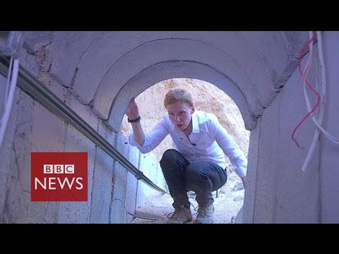 Gaza crisis: Inside a Hamas tunnel - BBC News