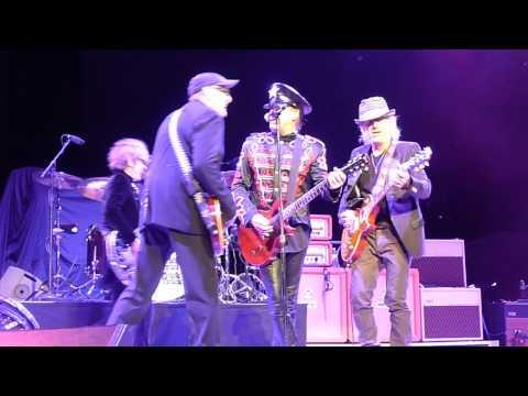 Ain't That A Shame (w/Brad Whitford) - Philadelphia 07-21-2012