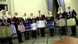 PRAHA-Vystoupení kyjovských Tetek a zpěváků z Horňácka s muzikou J.Petrů,M.Hrbáče,M.Minkse 3.
