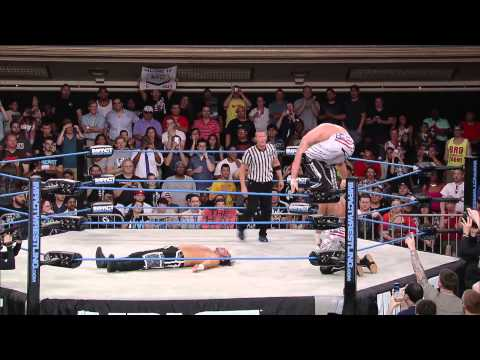 Tag Team Championship: The Wolves Vs. Jeff Hardy And Matt Hardy (july 31, 2014) video