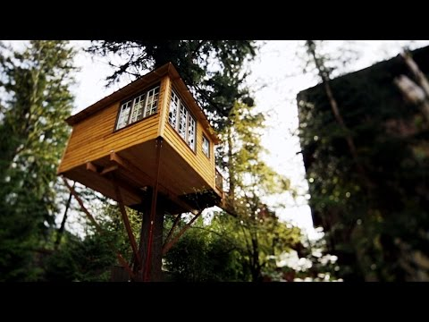 Touring an Outlaw Hideout Treehouse
