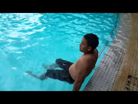 Video Porno Di Kolam Renang video