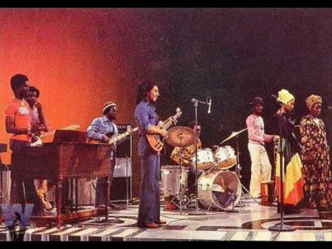Bob Marley&The Wailers Live @ Quiet Knight Club, (Wailers Introduction) 1975