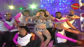 Dirty Picture: Silk Sakkath Maga - Veena Malik plays the sexy seductress I Dirty Picture  | Making of Kannada Movie Silk Sakkath Maga
